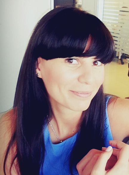 Raluca-Elis Barbu-Social Media Coordinator in cadrul Piraeus Bank Romania