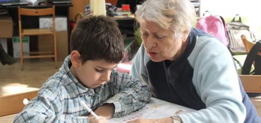 Foto proiect intergenerational Generatii Centrul Comunitatii