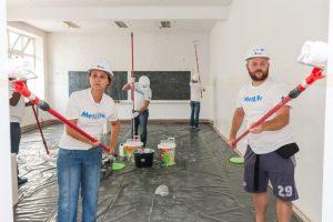 Voluntari Metropolitan Life_santierul Habitat for Humanity (2)