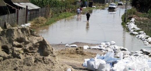 Pregateste-ti_caminul_protejeaza-ti_comunitatea_Habitat_Petrom_2012