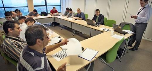 Grupul_Renault_Romania_cursuri_condus_prudent_pentru_angajati_2012
