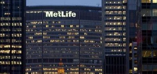 Metropolitan_Life_Earth_Hour2_2013