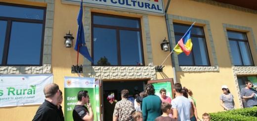 Enel_Romania_inlocuire_becuri_Camin cultural - Tortoman
