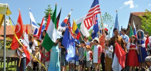 Scoala_Americana_International Fair- 2013_Flags_1