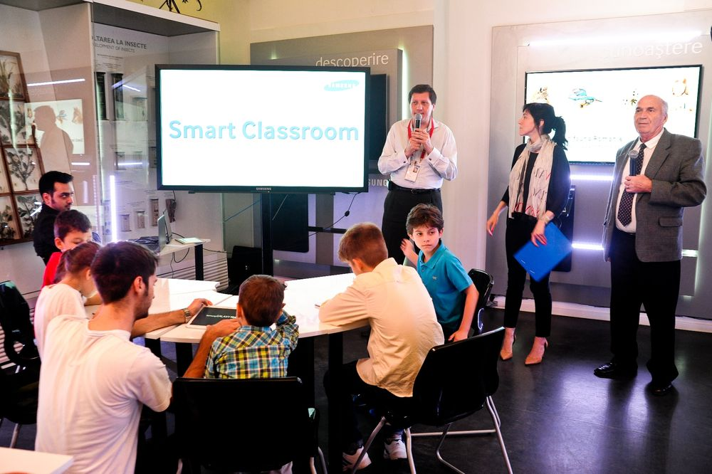 Samsung-lectii interactive_ Muzeul_Antipa (1)