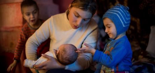MSD Anisoara si copiii ei - fotografie de Bogdan Baraghin