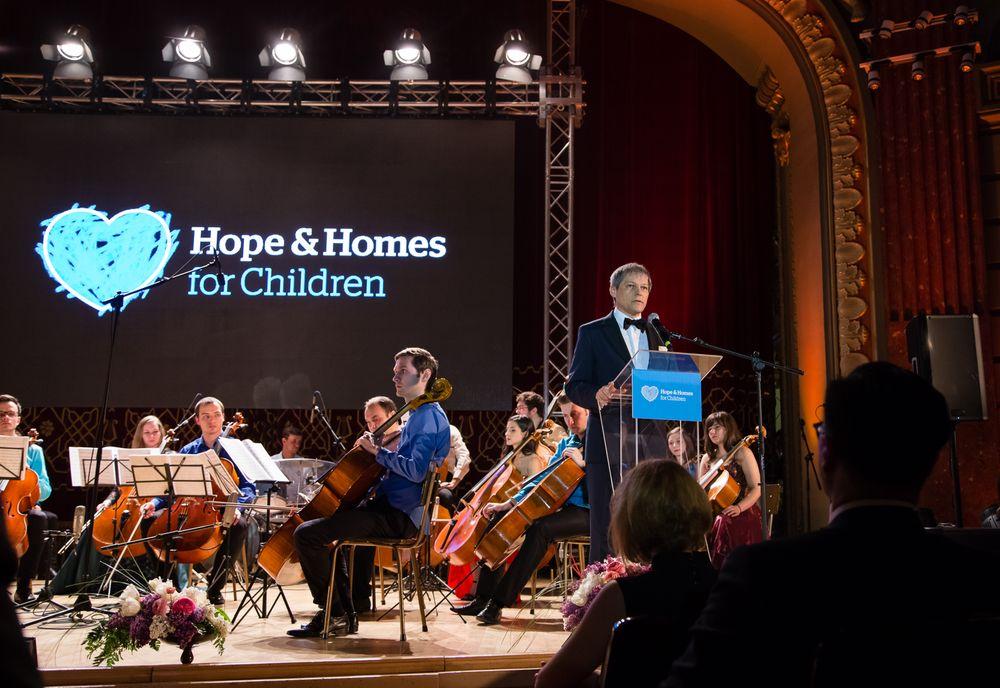 Dacian Ciolos_Hope Concert 2016_Foto Mihnea Ciulei