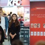 KFC - Ana Motateanu, World Vision & Cristina Vaduva, bursier Vreau in clasa a noua