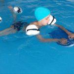 Fundatia Vodafone: Hidroterapie gratuita pentru 200 de copii cu dizabilitati din judetul Timis
