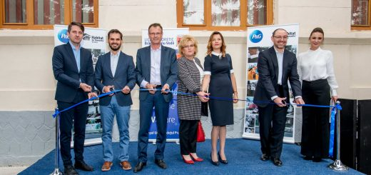 Inaugurare noua sala de clasa_Scoala Tehnica Urlati_P&G&HfH