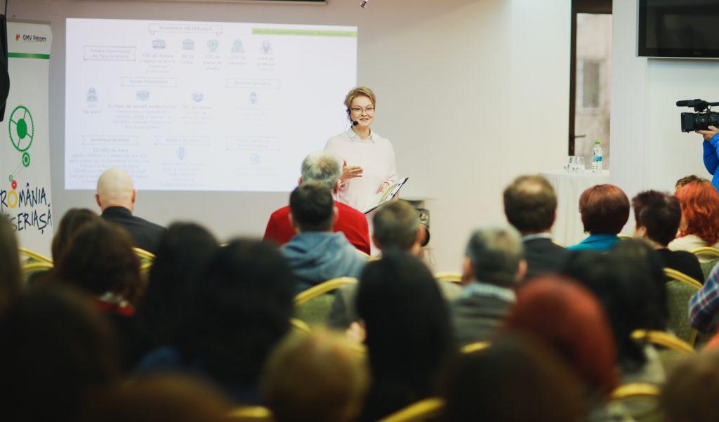 Mona Nicolici - Manager de Sustenabilitate OMV Petrom lanseaza Liga Elevilor Meseriasi (1)