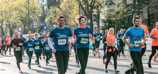 Victor Hanescu si Roxana Ciuhulescu_ambasadori Runners for Humanity