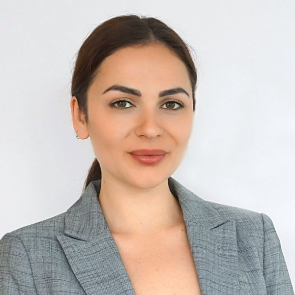 2021 Sarah Joitoiu - eMag